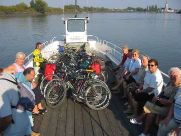 Europe by bike, Belgium - Maas ferry