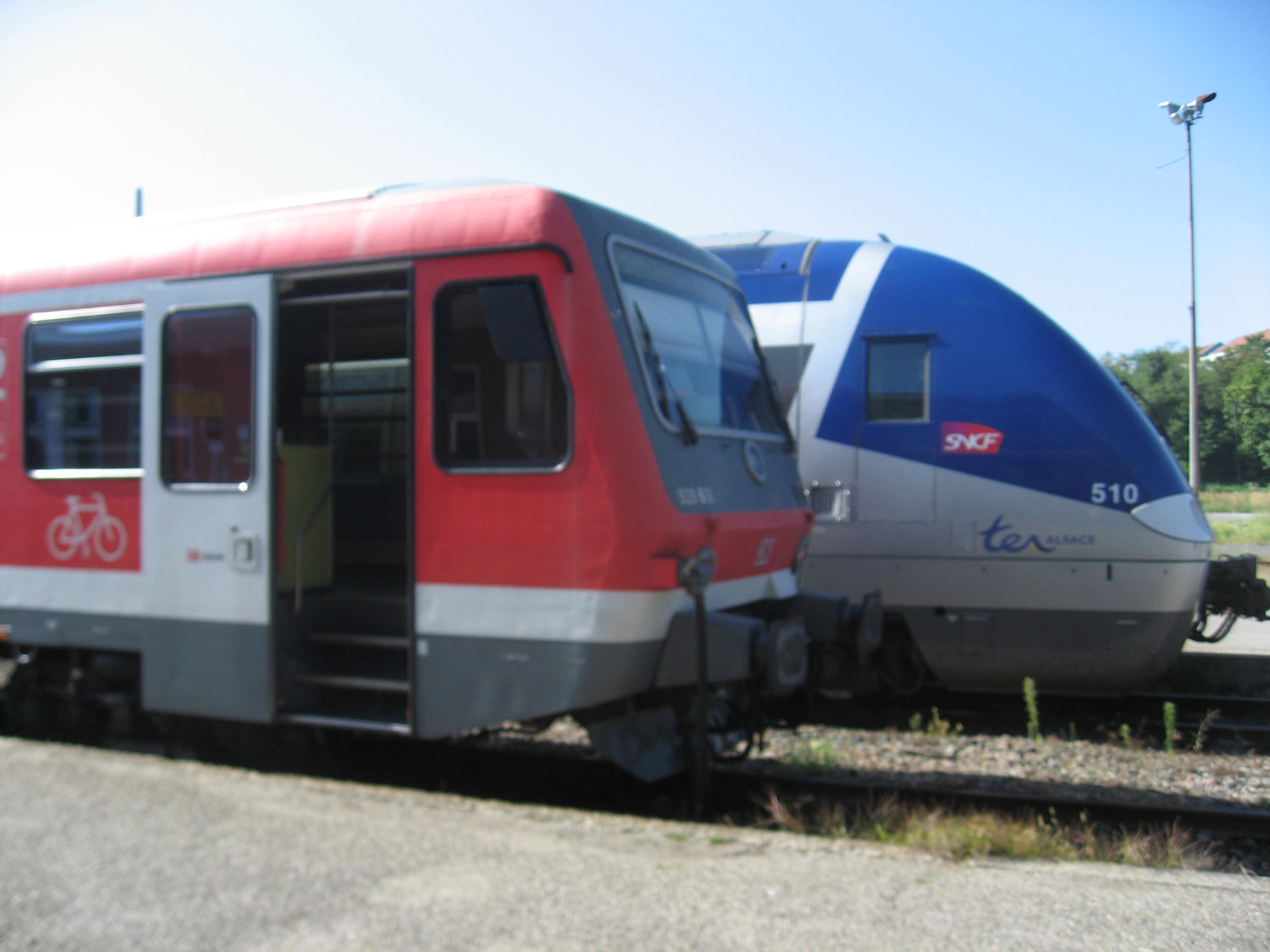 A to B France - DB Regio meets TER in Wissembourg