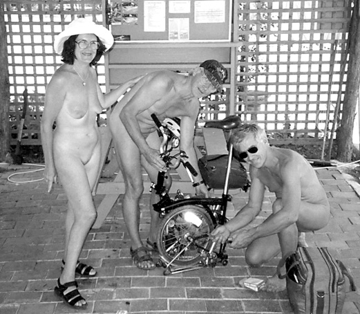 Brompton Nude Australia, A to B magazine