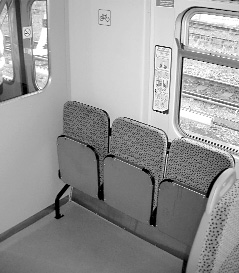 flexible-space-on-trains-3