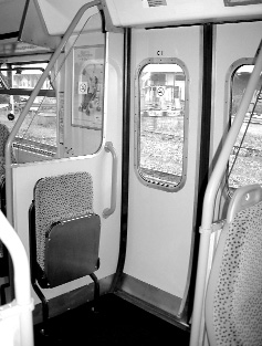 flexible-space-on-trains-4