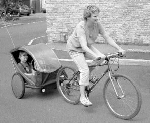 leggaro-twist-bicycle-trailer-1
