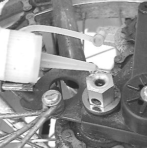 Chaîne : saut de chaine et détente à l'arrêt du pédalage Oiling-sturmey-archer-hub